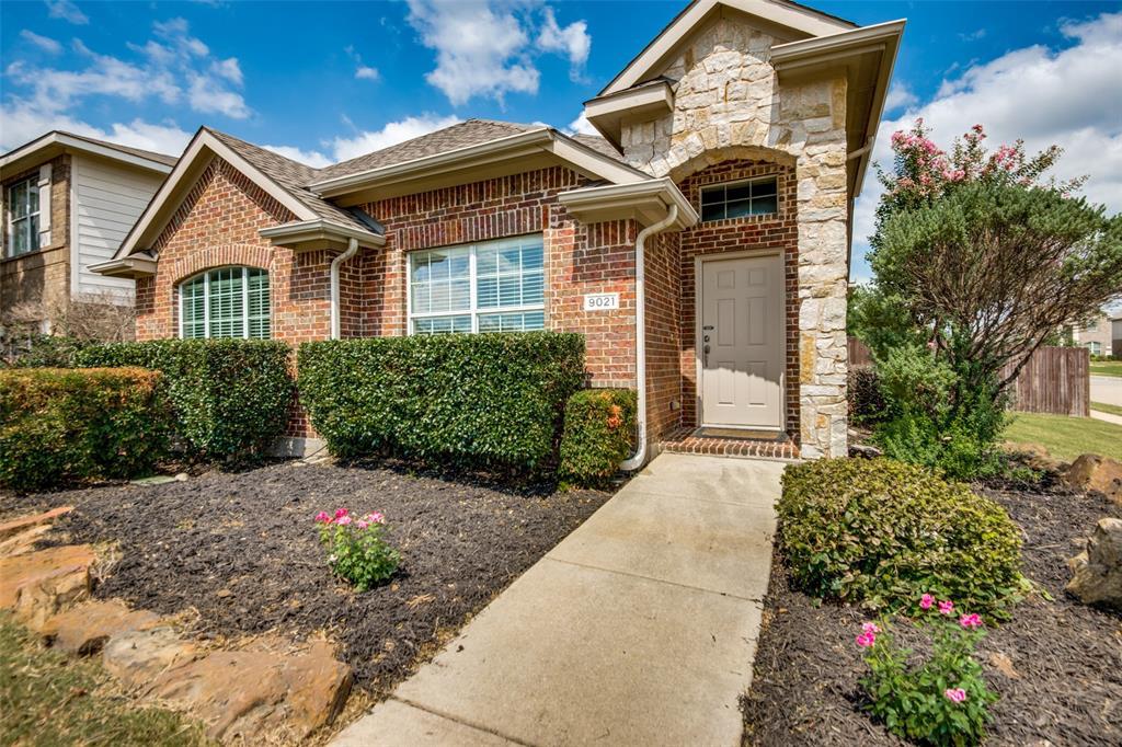 9021 Holliday  Lane, Aubrey, Texas 76227 - Acquisto Real Estate best frisco realtor Amy Gasperini 1031 exchange expert