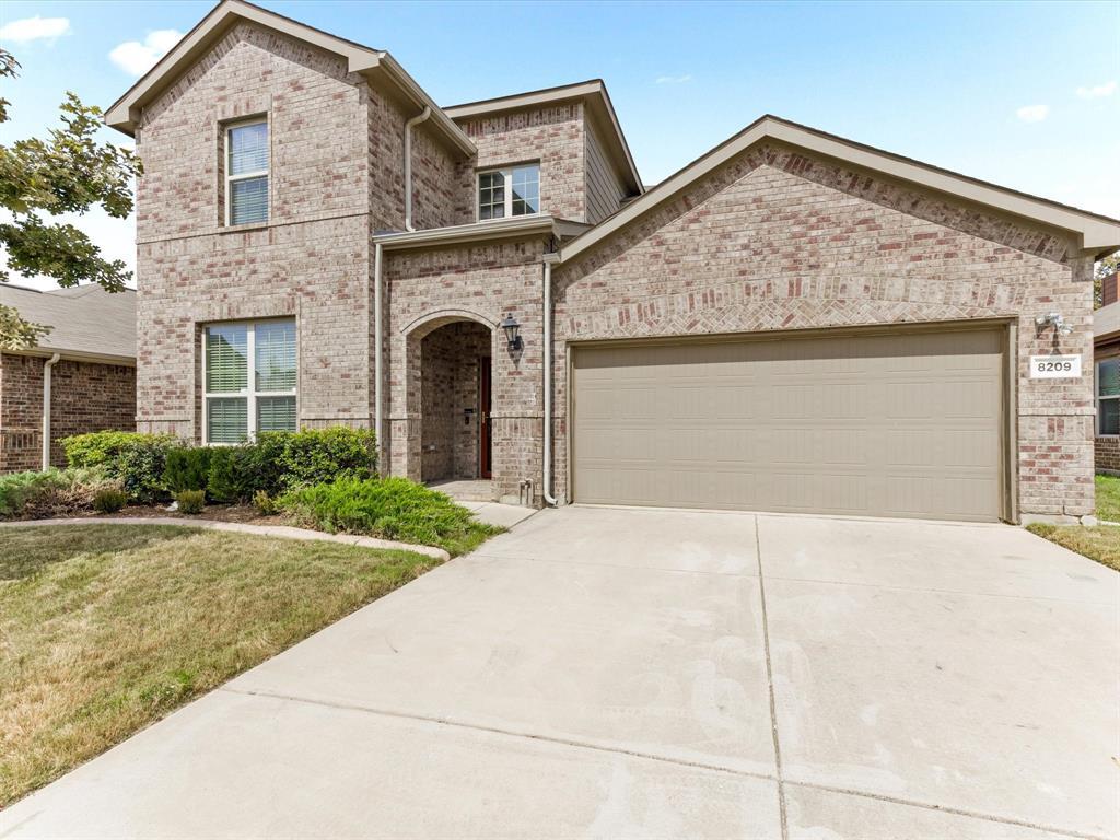 8209 Black Hills  Trail, Aubrey, Texas 76227 - Acquisto Real Estate best frisco realtor Amy Gasperini 1031 exchange expert