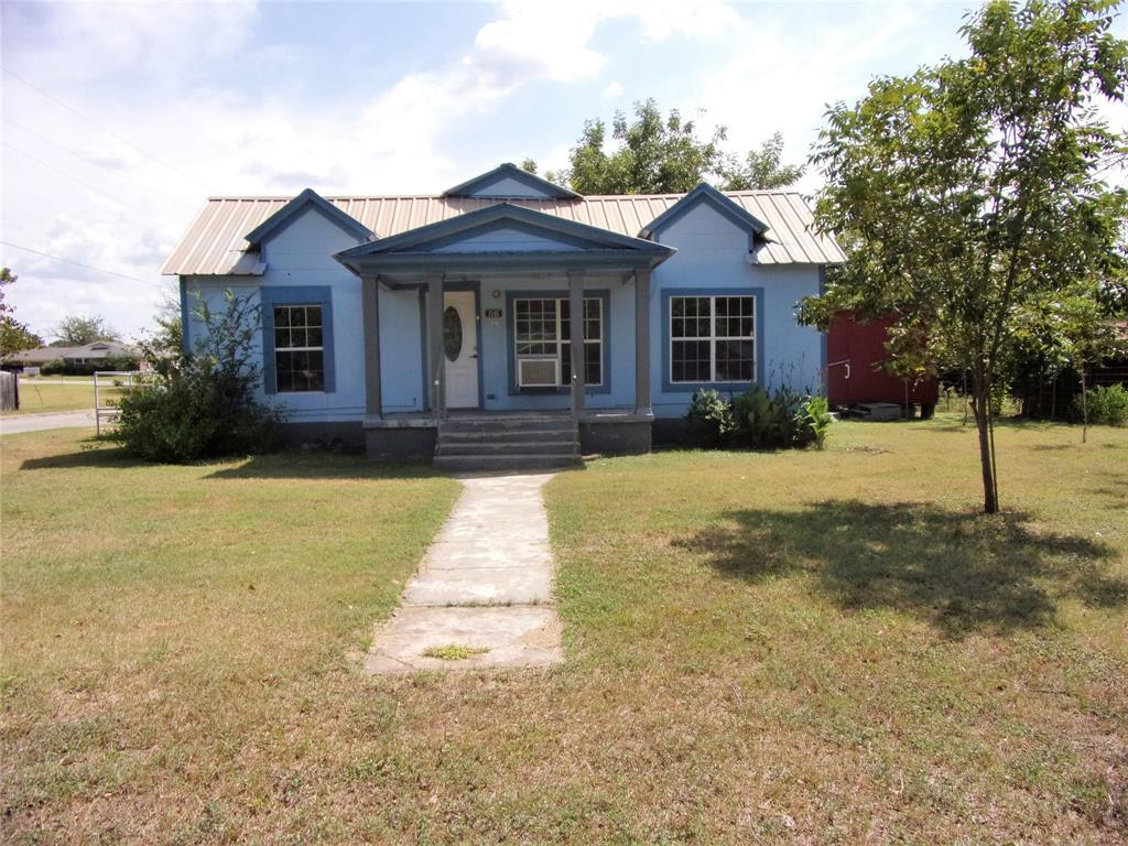 1501 Dry  Street, San Saba, Texas 76877 - Acquisto Real Estate best frisco realtor Amy Gasperini 1031 exchange expert