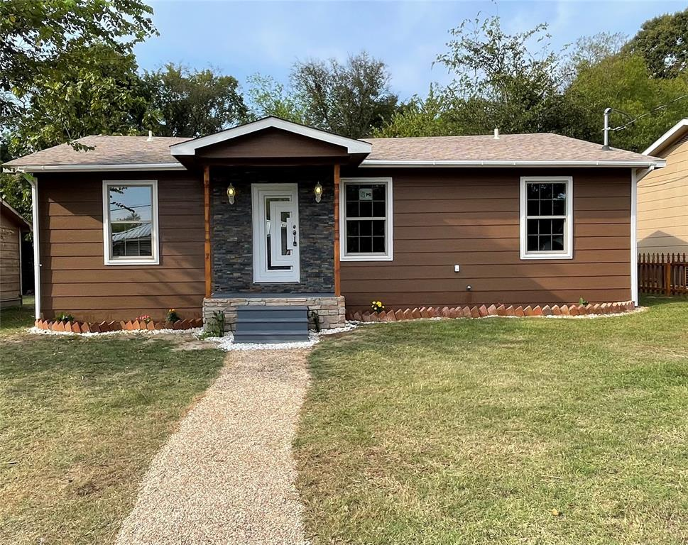 114 Beckham  Street, Sulphur Springs, Texas 75482 - Acquisto Real Estate best frisco realtor Amy Gasperini 1031 exchange expert
