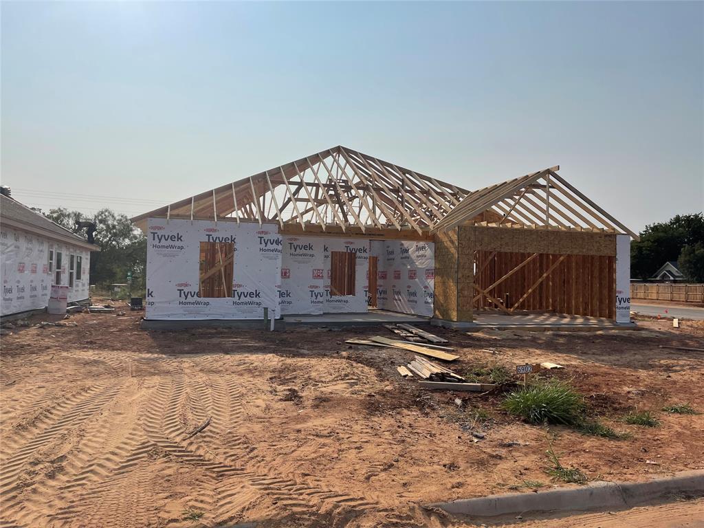 6902 Phoenix  Drive, Abilene, Texas 79606 - Acquisto Real Estate best frisco realtor Amy Gasperini 1031 exchange expert