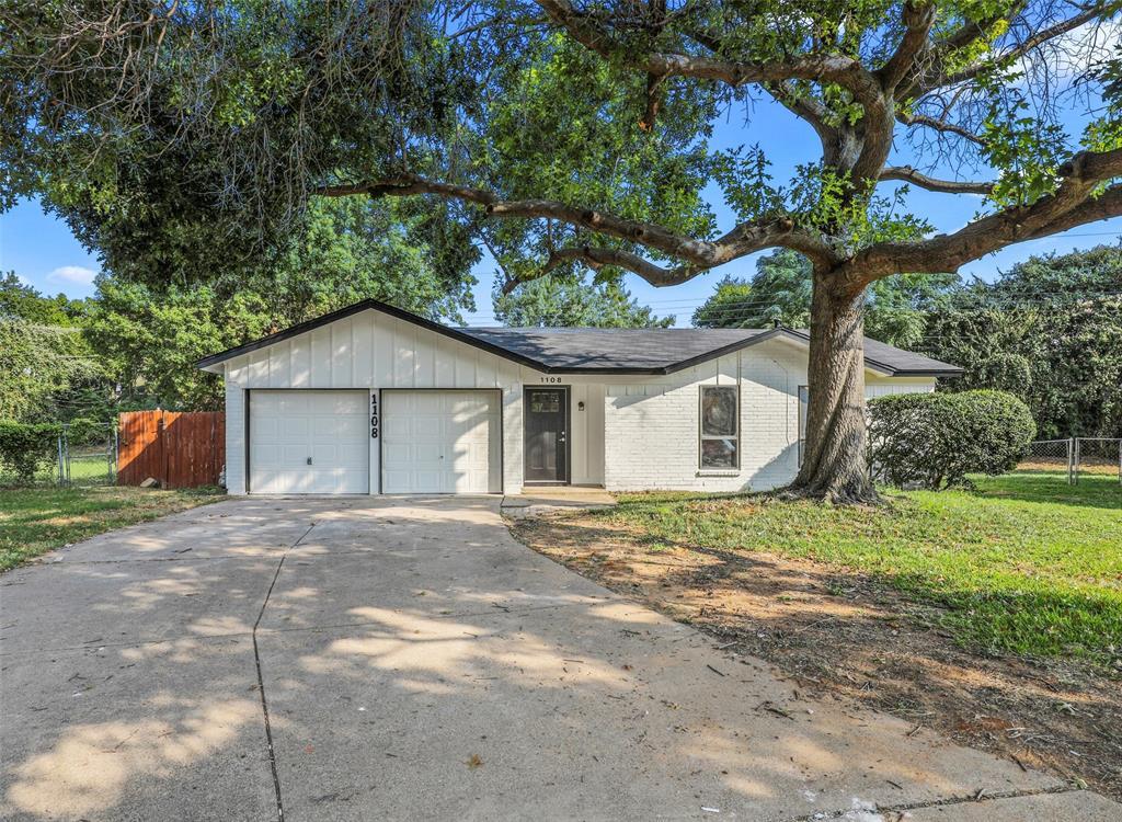 1108 Bryan  Circle, Bedford, Texas 76022 - Acquisto Real Estate best frisco realtor Amy Gasperini 1031 exchange expert