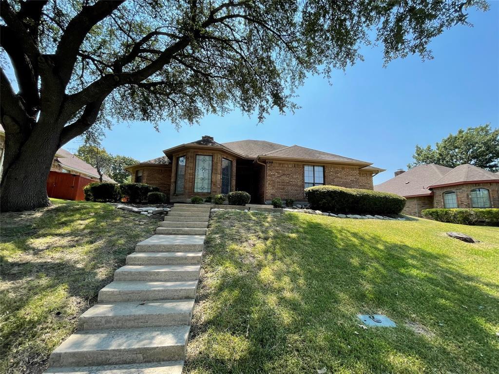 700 Dartbrook  Drive, DeSoto, Texas 75115 - Acquisto Real Estate best frisco realtor Amy Gasperini 1031 exchange expert
