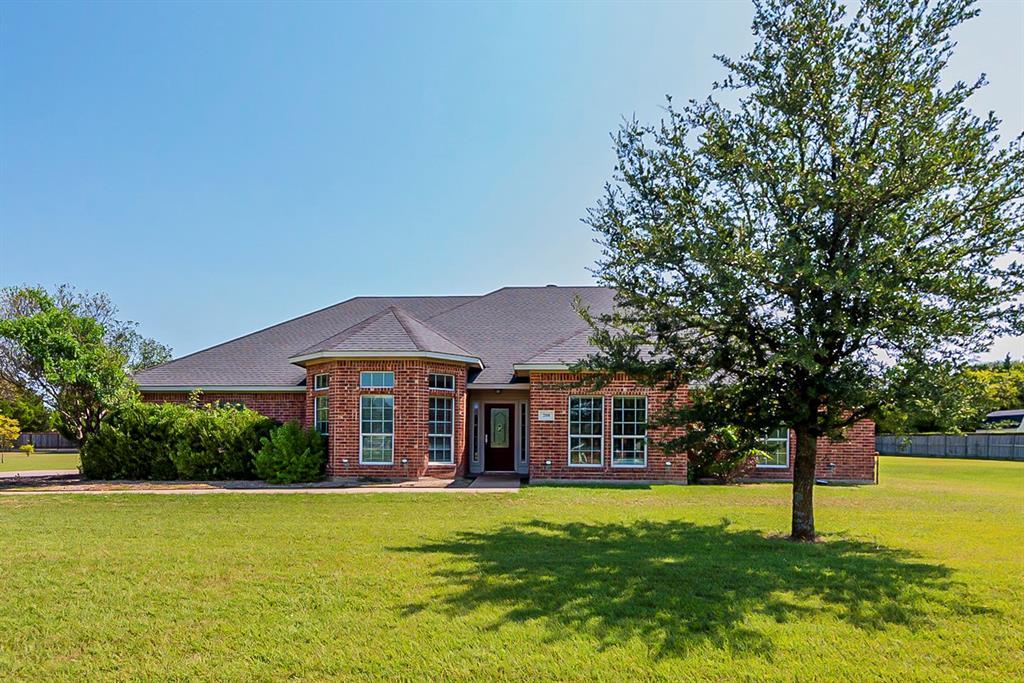 208 Burtonwood  Circle, Ovilla, Texas 75154 - Acquisto Real Estate best frisco realtor Amy Gasperini 1031 exchange expert
