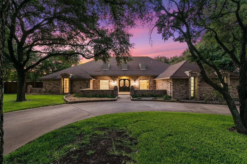 1341 Green Hills  Court, Duncanville, Texas 75137 - Acquisto Real Estate best frisco realtor Amy Gasperini 1031 exchange expert