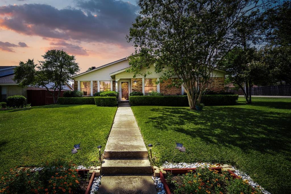 2718 Saint George  Drive, Garland, Texas 75044 - Acquisto Real Estate best frisco realtor Amy Gasperini 1031 exchange expert