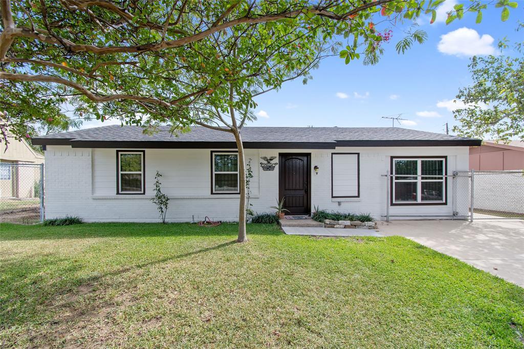 13004 Horseshoe  Trail, Balch Springs, Texas 75180 - Acquisto Real Estate best frisco realtor Amy Gasperini 1031 exchange expert