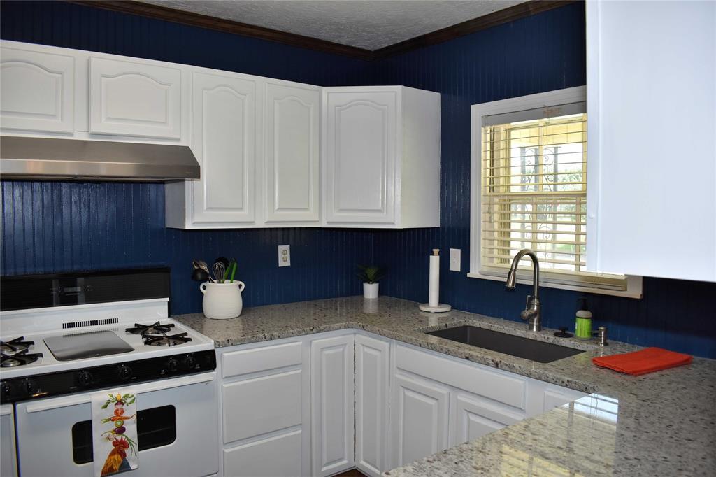 1031 11th  Street, Brady, Texas 76825 - Acquisto Real Estate best frisco realtor Amy Gasperini 1031 exchange expert