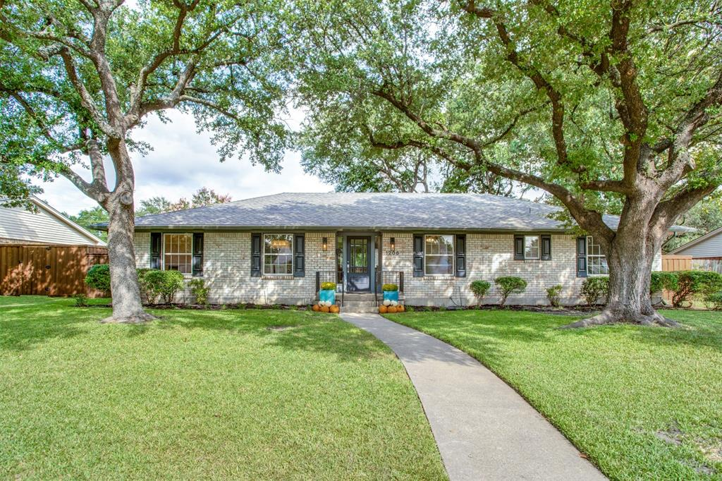 1206 Cottonwood  Drive, Richardson, Texas 75080 - Acquisto Real Estate best frisco realtor Amy Gasperini 1031 exchange expert