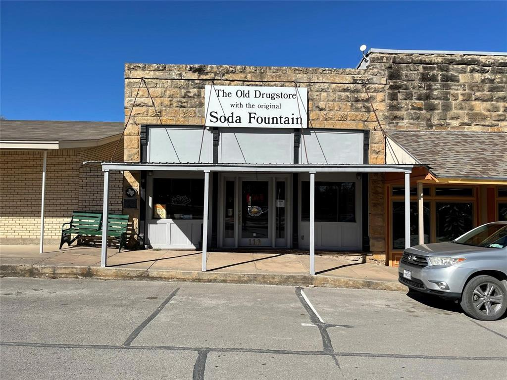 110 Jacksboro  Street, Chico, Texas 76431 - Acquisto Real Estate best frisco realtor Amy Gasperini 1031 exchange expert