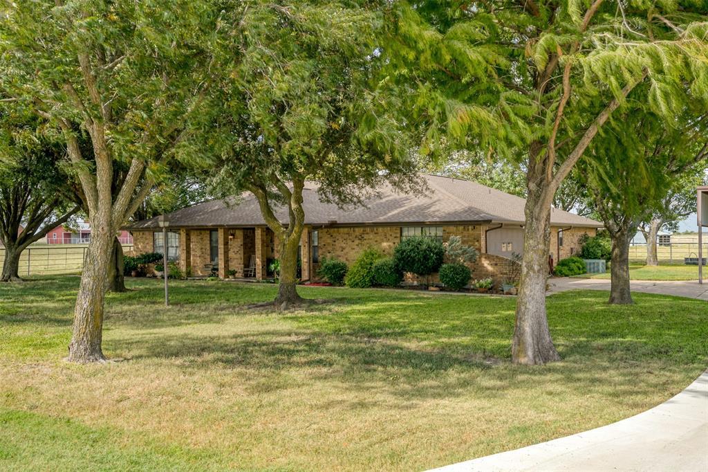 801 Boyce  Road, Waxahachie, Texas 75165 - Acquisto Real Estate best frisco realtor Amy Gasperini 1031 exchange expert