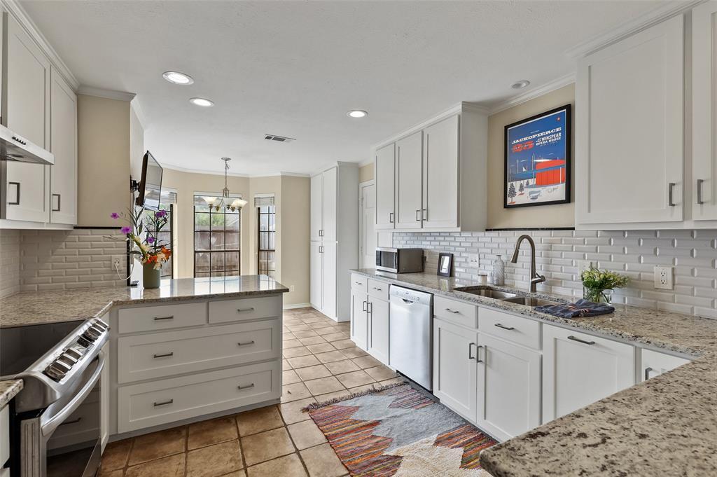 8103 Old Moss  Road, Dallas, Texas 75231 - Acquisto Real Estate best frisco realtor Amy Gasperini 1031 exchange expert