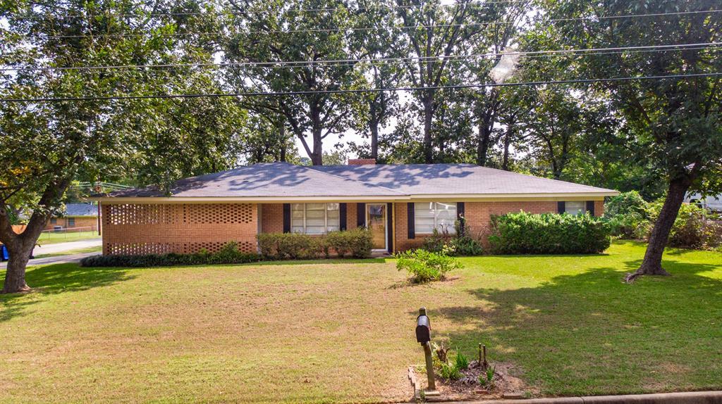 2604 Swan  Street, Longview, Texas 75604 - Acquisto Real Estate best frisco realtor Amy Gasperini 1031 exchange expert
