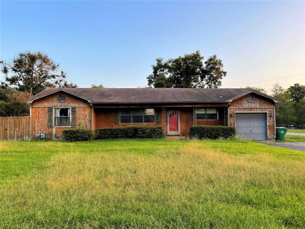 345 Bond  Street, Fairfield, Texas 75840 - Acquisto Real Estate best frisco realtor Amy Gasperini 1031 exchange expert