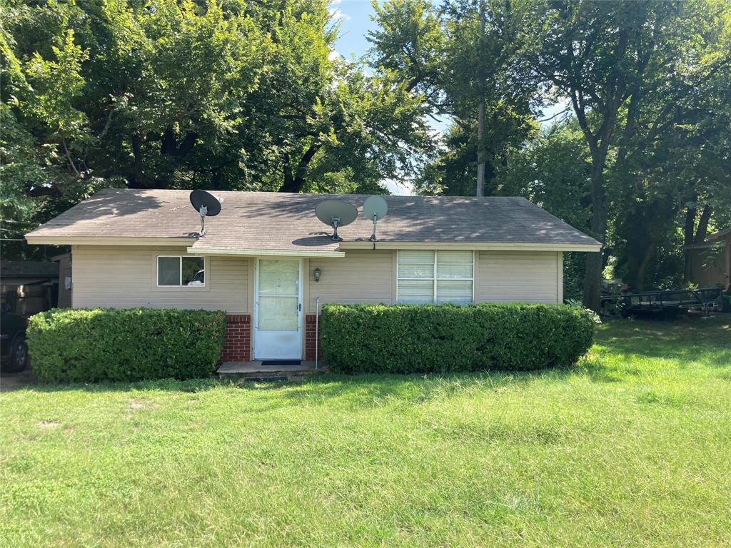 1319 Vine  Weatherford, Texas 76086 - Acquisto Real Estate best frisco realtor Amy Gasperini 1031 exchange expert