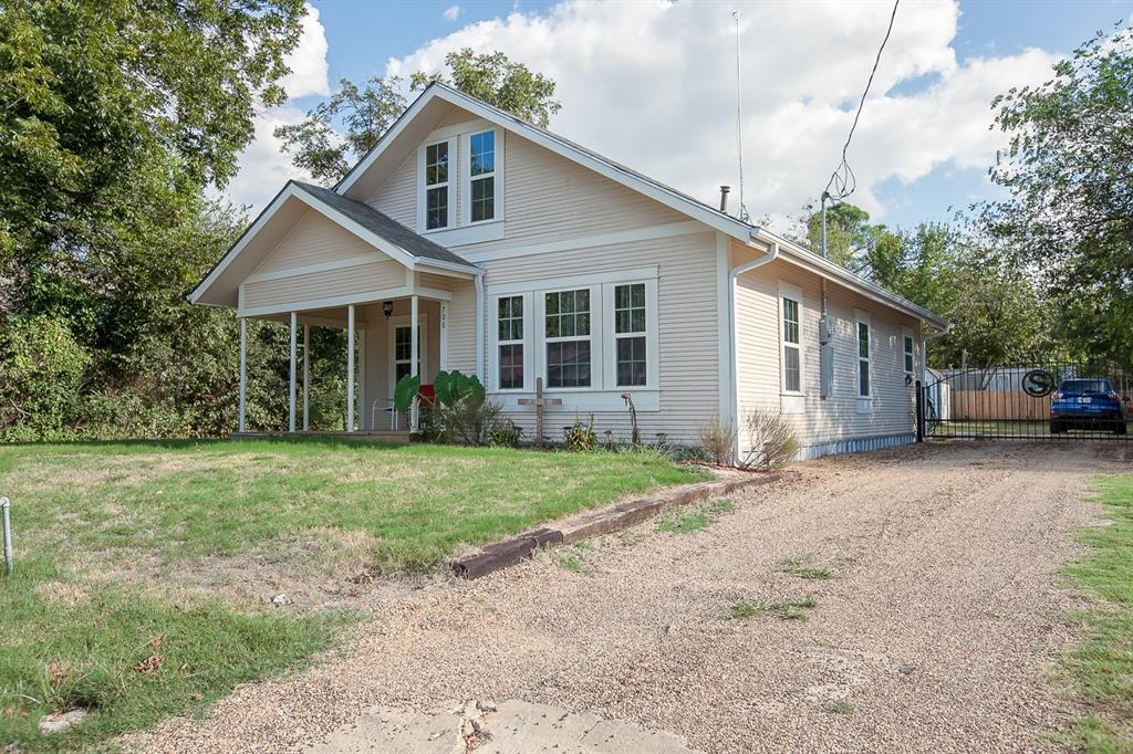 706 James  Street, Wills Point, Texas 75169 - Acquisto Real Estate best frisco realtor Amy Gasperini 1031 exchange expert