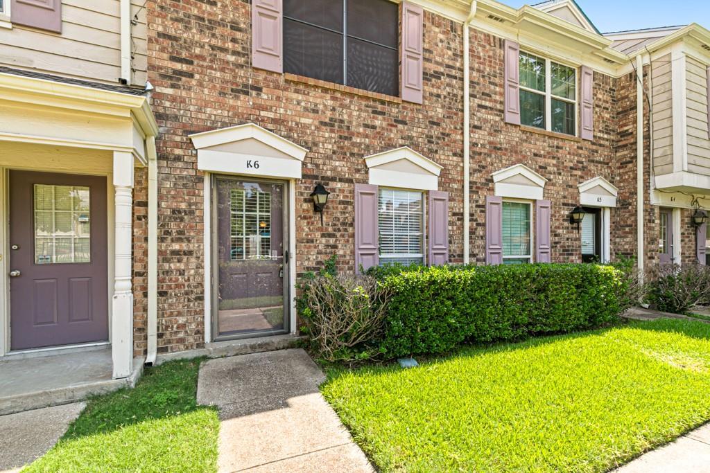 641 Carriagehouse  Lane, Garland, Texas 75040 - Acquisto Real Estate best frisco realtor Amy Gasperini 1031 exchange expert