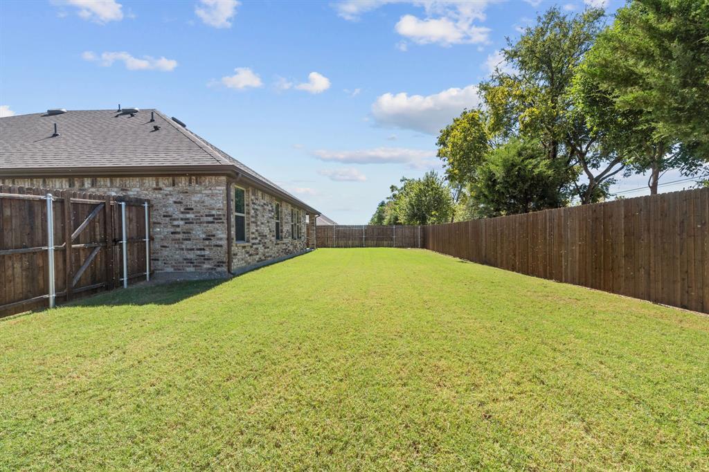 1518 Woodlake  Drive, Waxahachie, Texas 75165 - Acquisto Real Estate best frisco realtor Amy Gasperini 1031 exchange expert