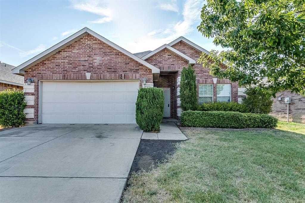 10321 Roosevelt Gap  Court, Fort Worth, Texas 76140 - Acquisto Real Estate best frisco realtor Amy Gasperini 1031 exchange expert