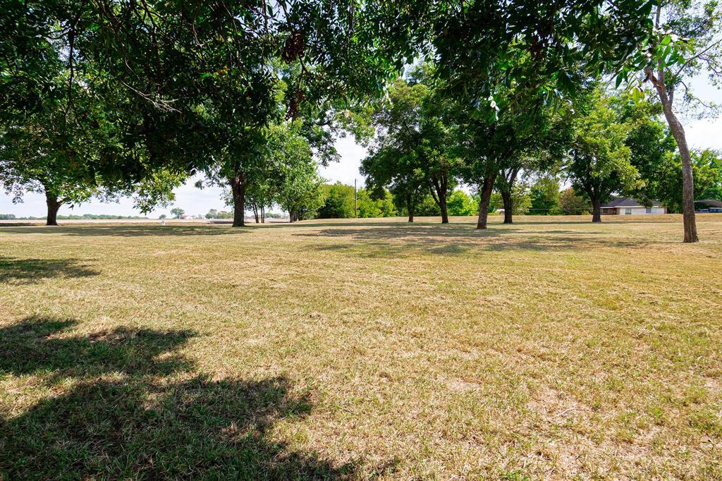 910 E WINNINGKOFF  Road, Lucas, Texas 75002 - Acquisto Real Estate best frisco realtor Amy Gasperini 1031 exchange expert