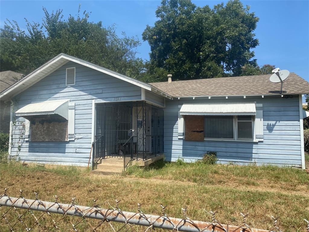 2747 Bethurum  Avenue, Dallas, Texas 75215 - Acquisto Real Estate best frisco realtor Amy Gasperini 1031 exchange expert