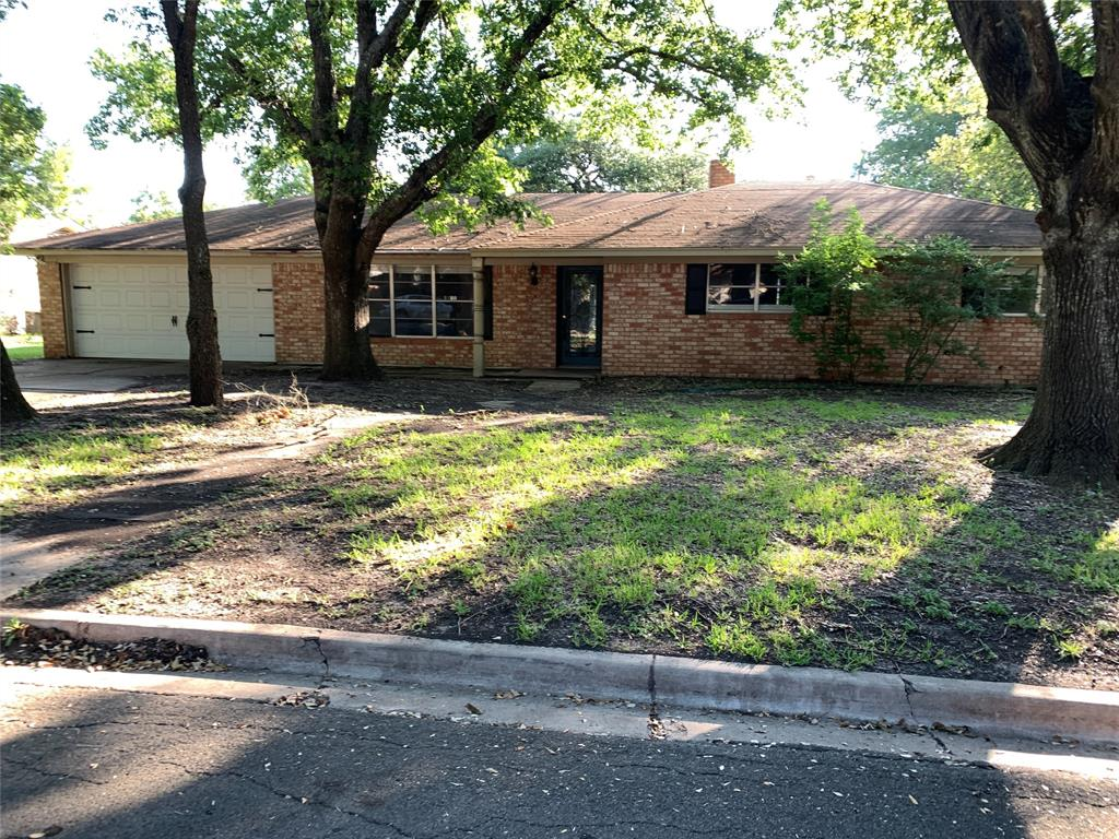 425 Cranbrook  Drive, Woodway, Texas 76712 - Acquisto Real Estate best frisco realtor Amy Gasperini 1031 exchange expert
