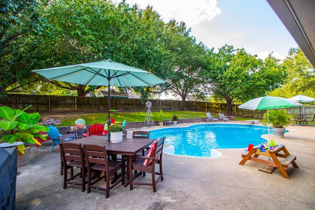 15454 Country Manor  Road, Lindale, Texas 75771 - Acquisto Real Estate best frisco realtor Amy Gasperini 1031 exchange expert