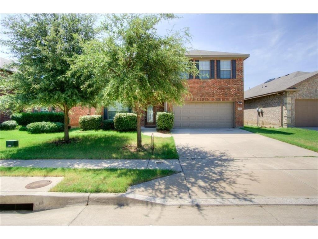 1352 Amazon  Drive, Fort Worth, Texas 76247 - Acquisto Real Estate best frisco realtor Amy Gasperini 1031 exchange expert