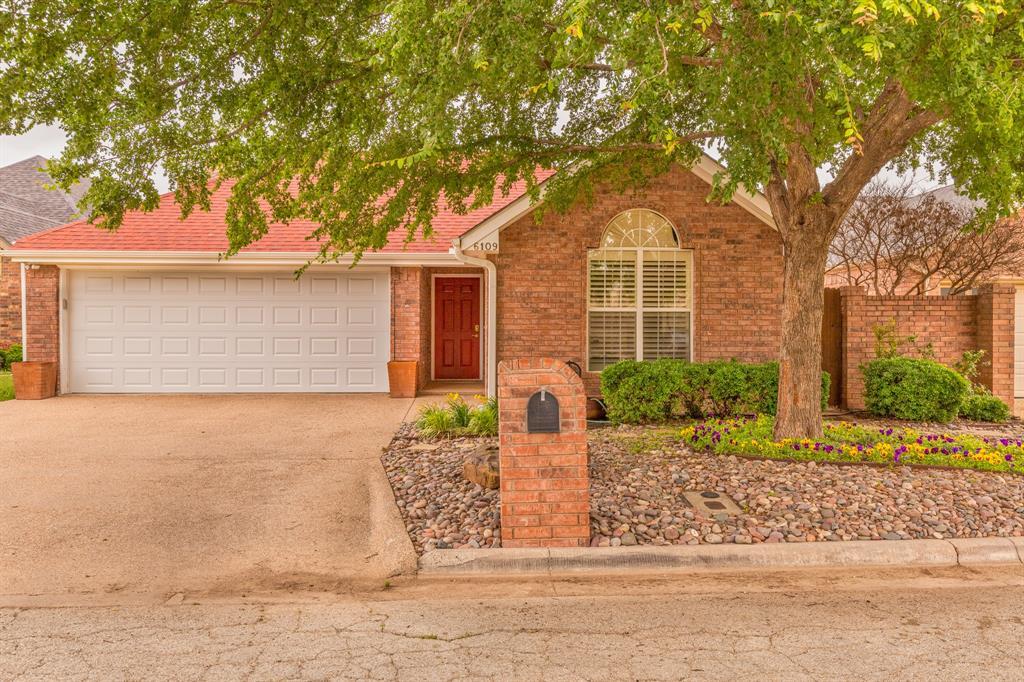 6109 Laurel  Court, Abilene, Texas 79606 - Acquisto Real Estate best frisco realtor Amy Gasperini 1031 exchange expert