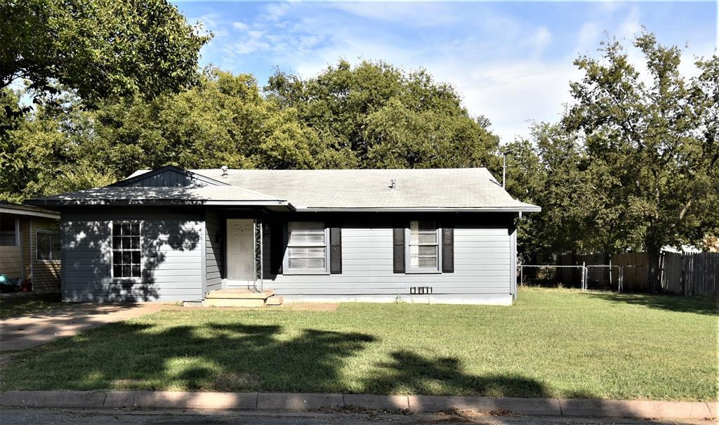 209 Colbert  Avenue, Sherman, Texas 75090 - Acquisto Real Estate best frisco realtor Amy Gasperini 1031 exchange expert