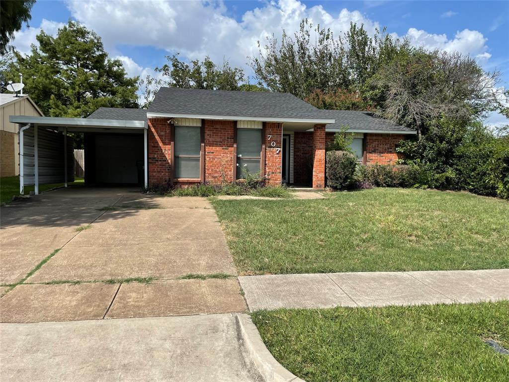 707 Levelland  Drive, Arlington, Texas 76017 - Acquisto Real Estate best frisco realtor Amy Gasperini 1031 exchange expert