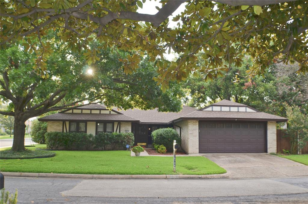 15706 Havenrock  Circle, Dallas, Texas 75248 - Acquisto Real Estate best frisco realtor Amy Gasperini 1031 exchange expert
