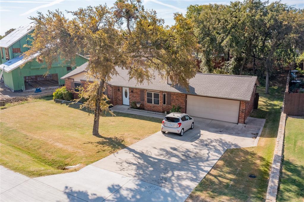 650 Woodcrest  Lane, Lakewood Village, Texas 75068 - Acquisto Real Estate best frisco realtor Amy Gasperini 1031 exchange expert