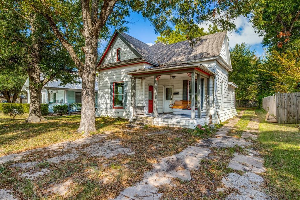 306 Decatur  Street, Ennis, Texas 75119 - Acquisto Real Estate best frisco realtor Amy Gasperini 1031 exchange expert