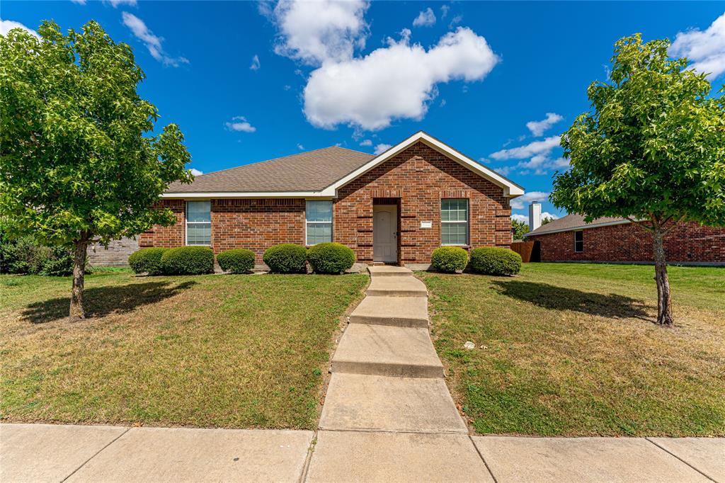 714 Locustberry  Drive, Red Oak, Texas 75154 - Acquisto Real Estate best frisco realtor Amy Gasperini 1031 exchange expert