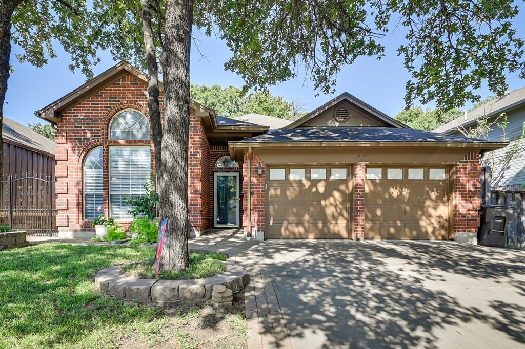 1612 Pacific  Place, Fort Worth, Texas 76112 - Acquisto Real Estate best frisco realtor Amy Gasperini 1031 exchange expert