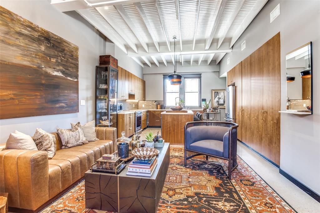 1038 Kings  Highway, Dallas, Texas 75208 - Acquisto Real Estate best frisco realtor Amy Gasperini 1031 exchange expert