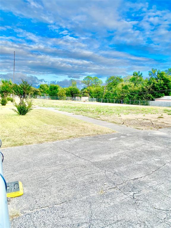 9314 Elam  Road, Dallas, Texas 75217 - Acquisto Real Estate best frisco realtor Amy Gasperini 1031 exchange expert
