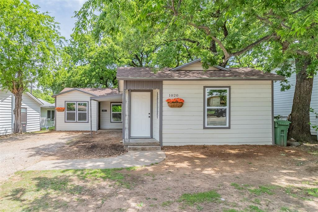 1020 Brown  Trail, Bedford, Texas 76022 - Acquisto Real Estate best frisco realtor Amy Gasperini 1031 exchange expert