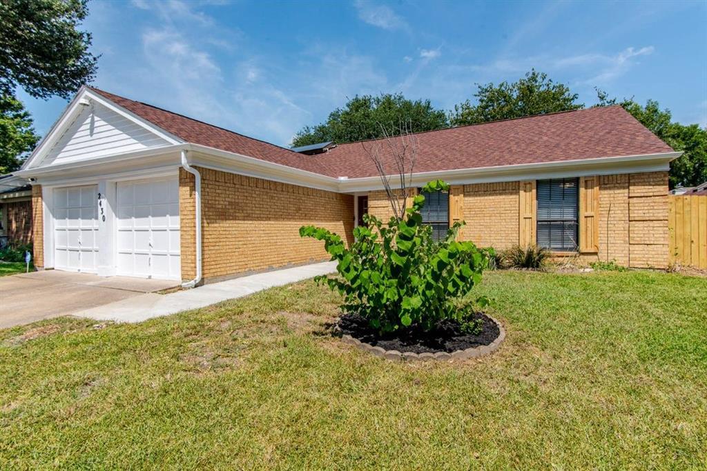 2430 Bentley  Drive, Grand Prairie, Texas 75052 - Acquisto Real Estate best frisco realtor Amy Gasperini 1031 exchange expert