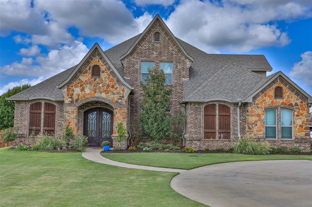 225 Hickory  Street, Lindsay, Texas 76250 - Acquisto Real Estate best frisco realtor Amy Gasperini 1031 exchange expert