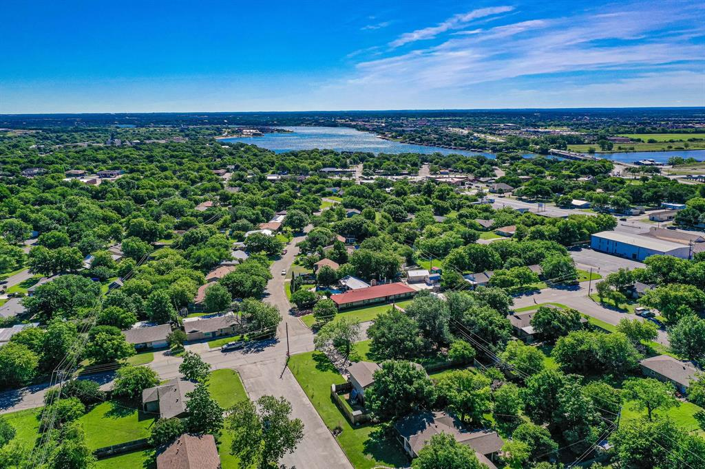 1100 Penrod  Street, Granbury, Texas 76048 - Acquisto Real Estate best frisco realtor Amy Gasperini 1031 exchange expert