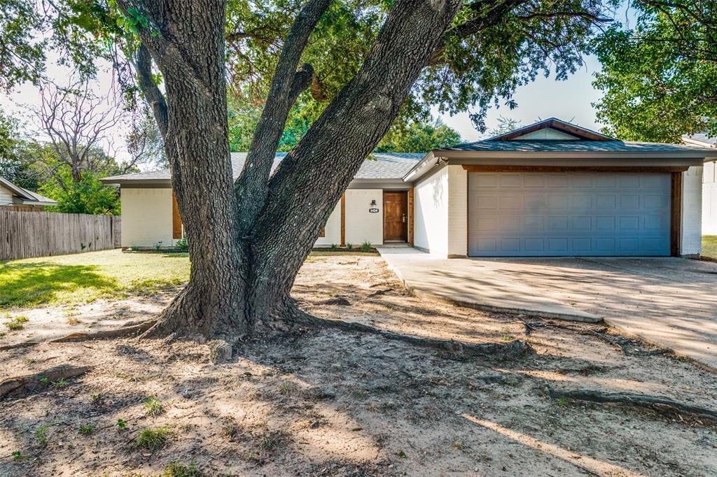 8404 Glenann  Drive, North Richland Hills, Texas 76182 - Acquisto Real Estate best frisco realtor Amy Gasperini 1031 exchange expert