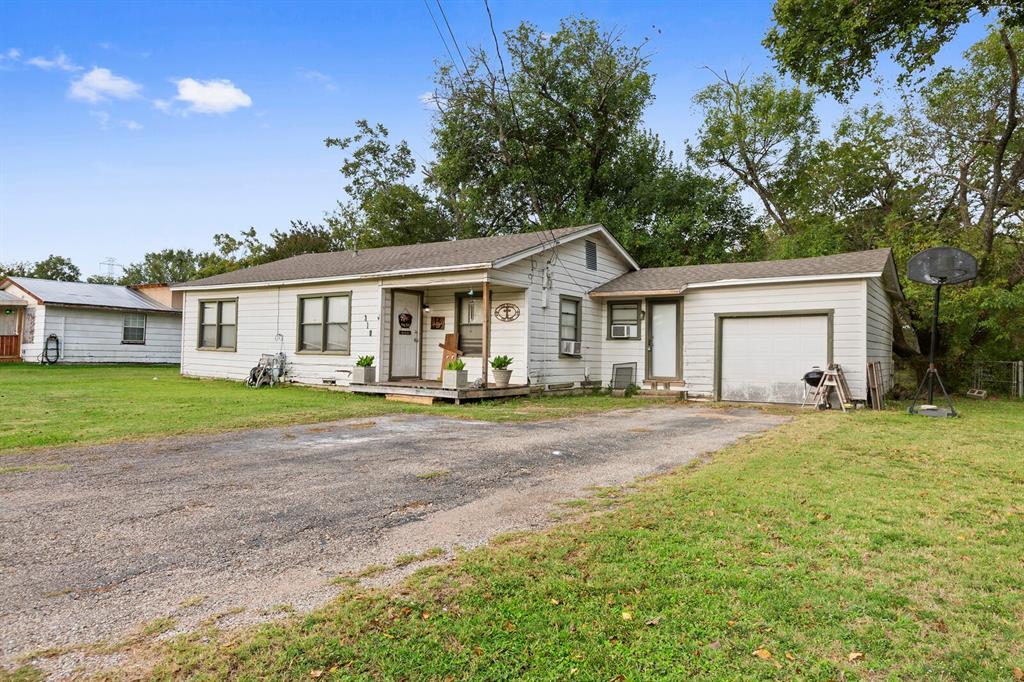 318 S. Charles  Elm Mott, Texas 76640 - Acquisto Real Estate best frisco realtor Amy Gasperini 1031 exchange expert