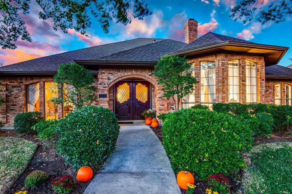 2305 Highland Heights  Lane, Carrollton, Texas 75007 - Acquisto Real Estate best frisco realtor Amy Gasperini 1031 exchange expert