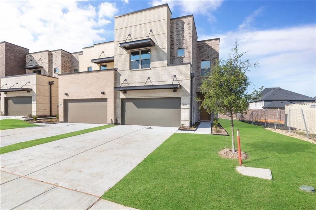 1050 Maverick  Drive, Allen, Texas 75013 - Acquisto Real Estate best frisco realtor Amy Gasperini 1031 exchange expert