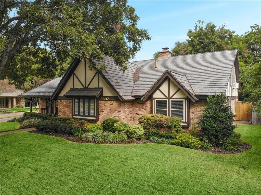 3807 Shadycreek  Drive, Arlington, Texas 76013 - Acquisto Real Estate best frisco realtor Amy Gasperini 1031 exchange expert