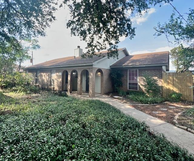 2204 Roman  Court, Dalworthington Gardens, Texas 76013 - Acquisto Real Estate best frisco realtor Amy Gasperini 1031 exchange expert