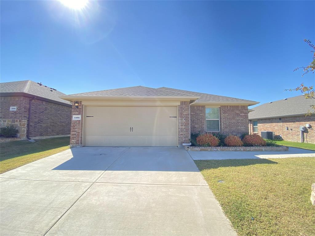 1101 Meadow Side  Drive, Princeton, Texas 75407 - Acquisto Real Estate best frisco realtor Amy Gasperini 1031 exchange expert