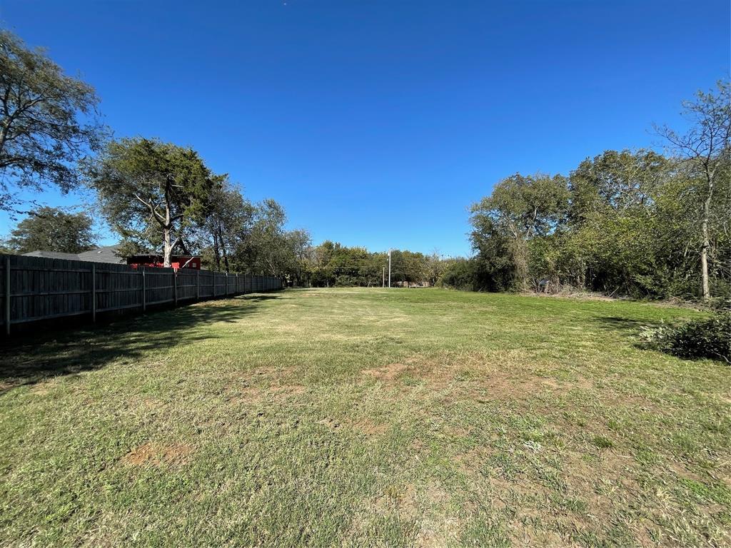 Burks  Street, Pilot Point, Texas 76258 - Acquisto Real Estate best frisco realtor Amy Gasperini 1031 exchange expert